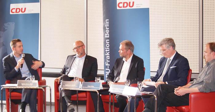 Winfried Härtel im Podiumsgespräch